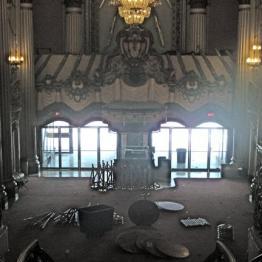 Vista interior del cine, en la calle Broadway de L.A.