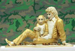 """En el Museo LACMA de Los Ángeles, con el """"Camuflage"""" de Warhol de fondo."""