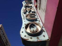 En Broadway, la calle de los antiguos cines de Los Ángeles