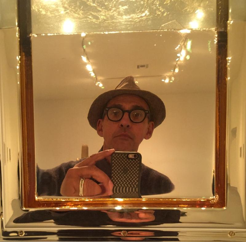 selfie_barney