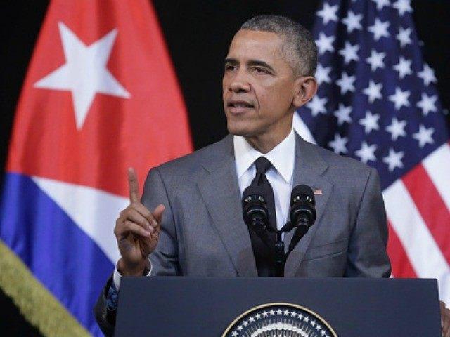 Obama-Cuba-point-Getty-640x480